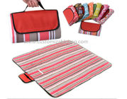 China Red Stripes Outside Foldable waterproof Picnic mat Blanket for Camping / Travel / Promotional company